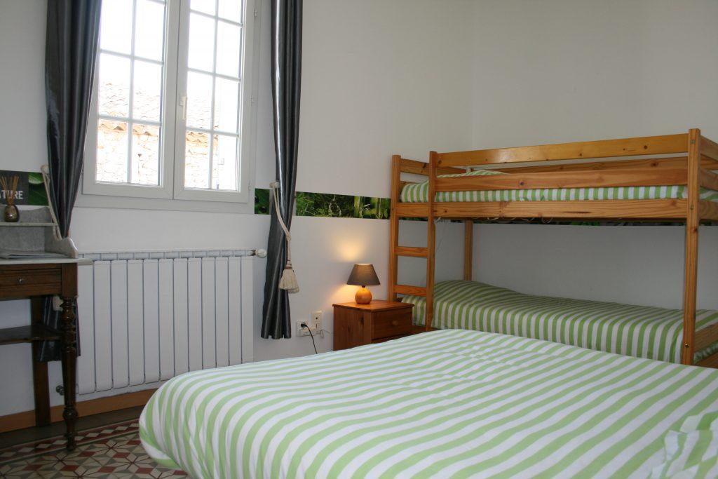 Chambre verte 3 personnes
